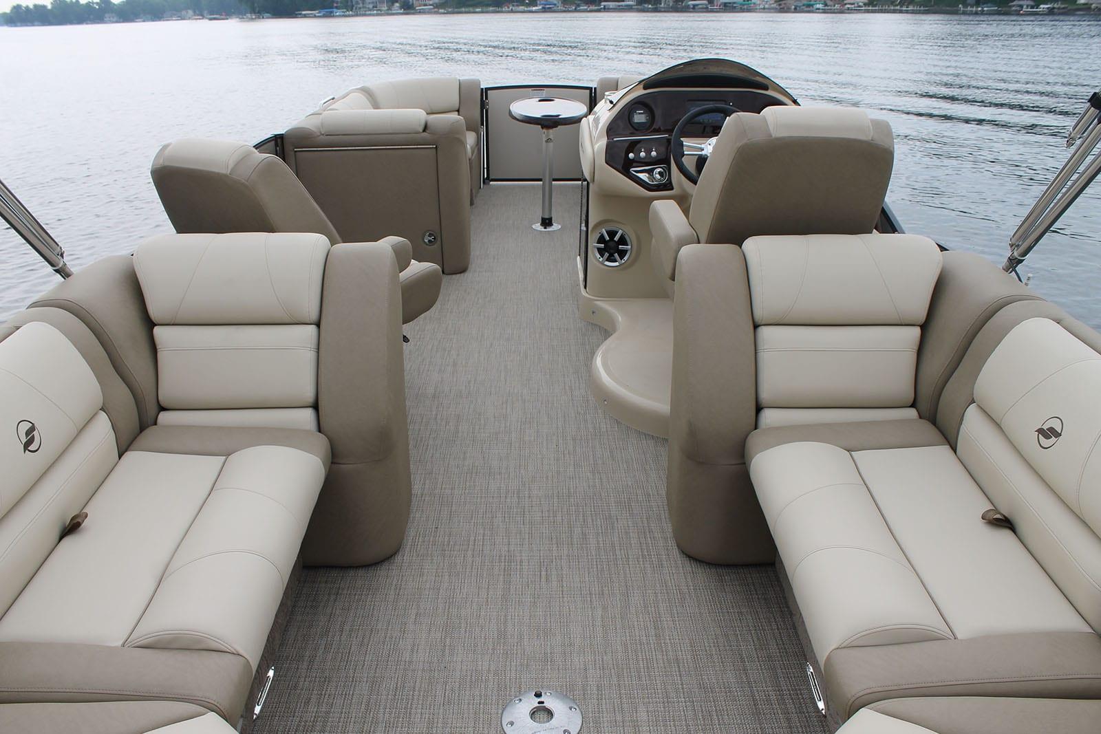 Starcraft mx pontoon lee county inboard for Pontoon boat interior designs